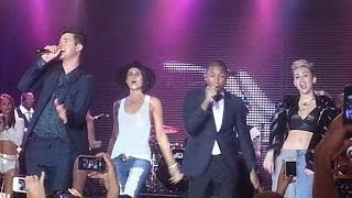 """Blurred Lines"" Robin Thicke, Pharrell Williams whit Miley Cyrus & Leah LaBelle. (Live)"