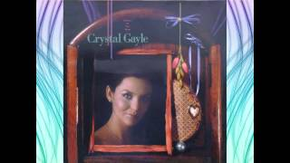 Watch Crystal Gayle Nobody Should Have To Love This Way video