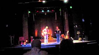 Watch Leann Rimes Strong video