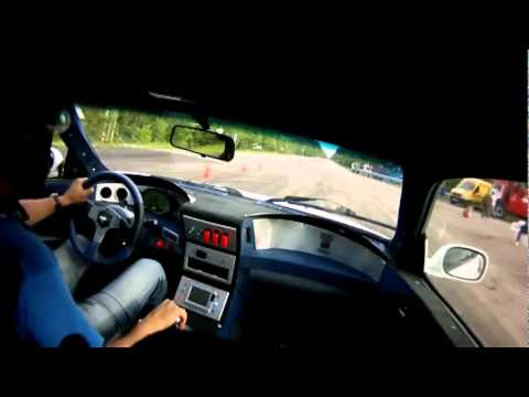 on Nissan Skyline R32 Gtr Beats Bugatti Veyron   Worldnews Com
