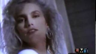 Watch Emmylou Harris High Powered Love video