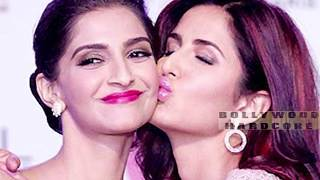 Bollywood Actresses CAUGHT KISSING Each Other   Kareena Kapoor,  Katrina Kaif, Deepika Padukone,