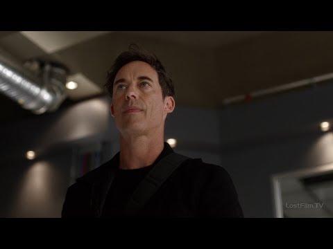 Команда Флэша знакомится с Харрисонном Уелсом Земли-2 | Флэш (2 сезон 5 серия)