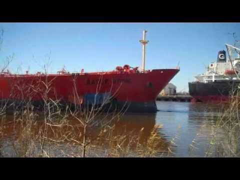 Eagle Otome Oil Spill Port Authur Texas {Real Footage}