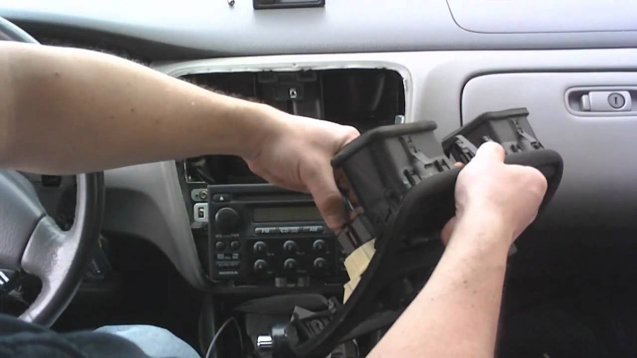 How To Change A Radio In A 2000 Honda Accord Youtube