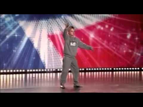 Great talent -boy dancing wonderful...طفل يرقص رائعا جدا جدا thumbnail