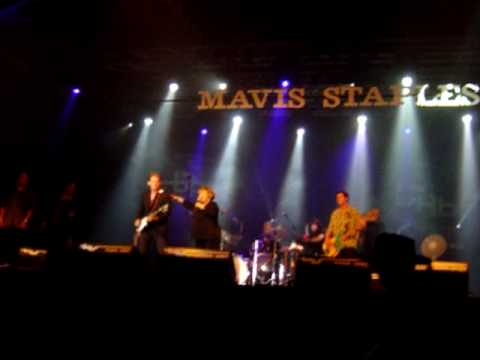 Mavis Staples, 'I'll take you there', live BRBF Peer