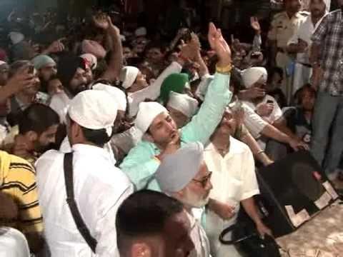 Live Satinder Sartaj and Gurdas Maan part 2 (Jitt De Nishan)...
