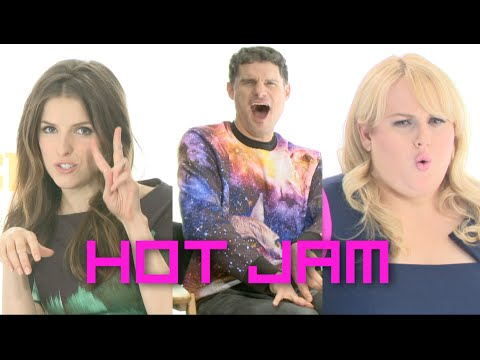 Flula Makes Hot Jam w Anna Kendrick & Pitch Perfect 2 Cast