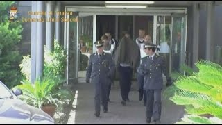 video www.meridiananotizie.it 28 ordinanze di misura cautelare di cui 22 in carcere sono state eseguite dai Finanzieri del Comando Unità Speciali della Guar...