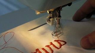 How to use the embroidery foot ?