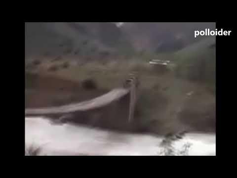 EL MÁS VALIENTE CONDUCTOR DE MAQUINARIA PESADA DEL MUNDO - BRAVE CRAZY DRIVER