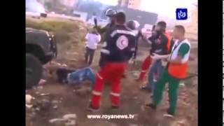 Download video Sadis parah Zionis... lempar batu dibalas tabrak dan lindas tubuh