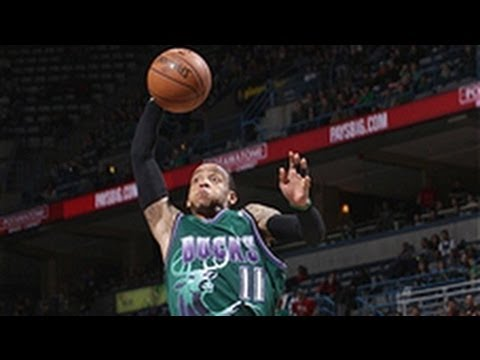 Monta Ellis' HUGE 4th quarter lifts Bucks!
