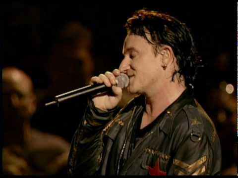 U2 - U2 - In A Little While & The Fly (Boston 2001)