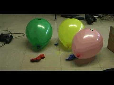High power  Green Laser Pointer pops balloons SICK!!!