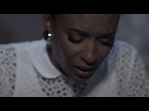 Lindiwe Suttle - 1000 Miles (Official Music Video)