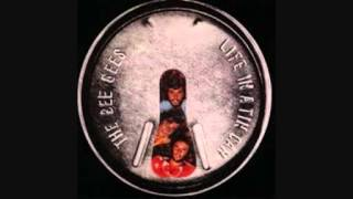 Watch Bee Gees I Dont Wanna Be The One video