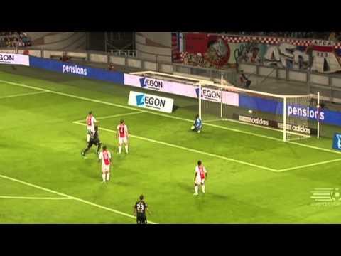Irritante voetbal commentator in Eredivisie