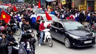 cầu thủ ĐOÀN VĂN HẬU-U23-tại thị trấn HƯNG HÀ