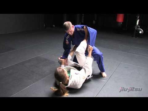 Spider Sweep from Closed Guard with Penny Thomas Image 1