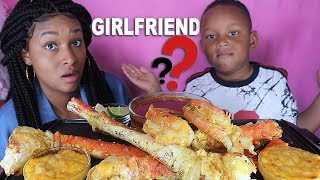JUJU HAS A GIRLFRIEND?!!! SEAFOOD MUKBANG ( HUGE KING CRAB LEGS + PRAWNS + MAC N CHEESE) QUEEN BEAST