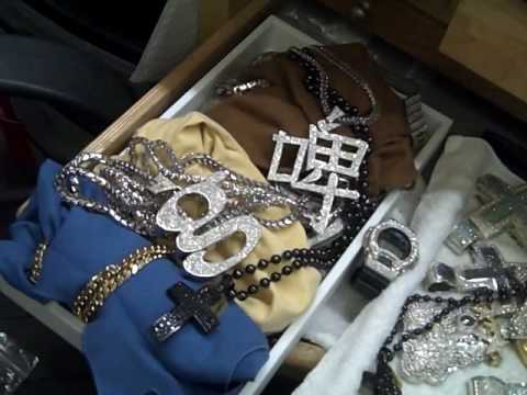PART 2: You wanna floss jewels like Ben Baller? cmon Ziamond Empire, not with Fake Jewels son!