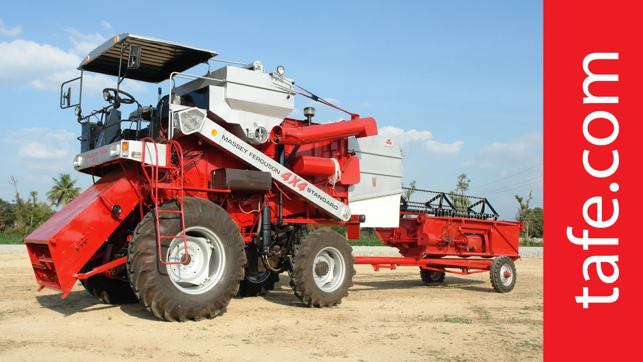 Cruzer 7504 Dlx Combine Harvester From Tafe Youtube