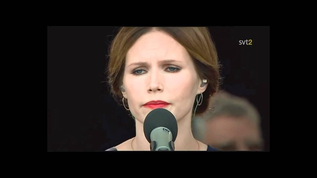 Nina Persson Saint Mary