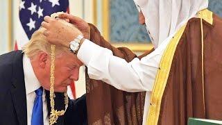 Trump Curtsies For Saudi King (VIDEO)