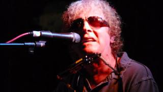 Watch Ian Hunter Apathy 83 video