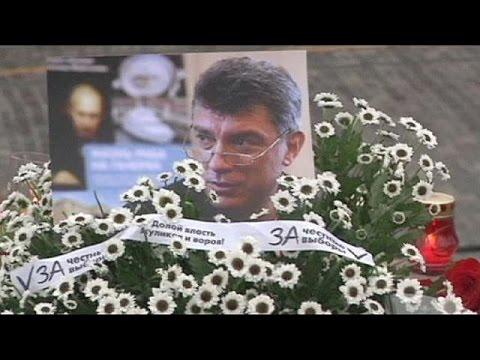 مسيرة في موسكو تكريما لبوريس نميتسوف