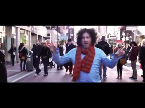 Il flash mob di Happy (Pharrell Williams)