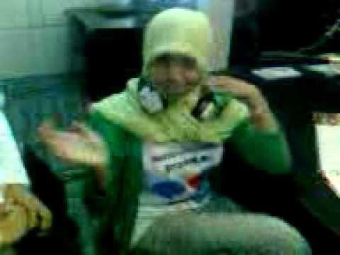 On Air Radio siswa SMAN 8 Kota Serang bersama motivator Hands mulia amien