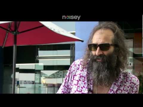 Warren Ellis of Dirty Three - Noisey Meets