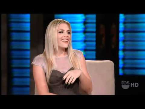 26.01.2011 Busy Philipps on Lopez Tonight