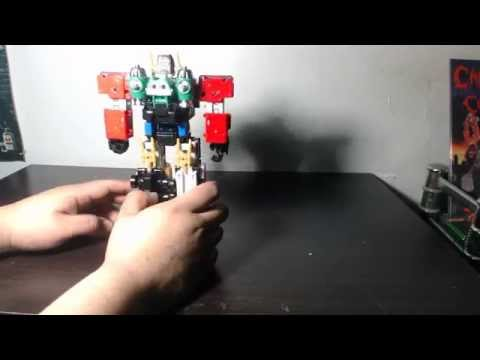 Power Rangers Lightspeed Rescue Megazord and Super Train Megazord Review Part 1