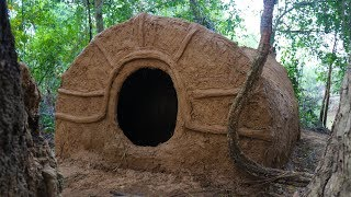 Primitive Tool : Build primitive mud house ( Using grass with mud )