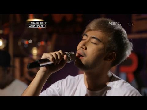 download lagu Vidi Aldiano  - Definisi Bahagia Live At Breakout gratis