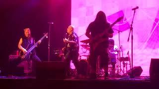 DEEG - Hmong Night 3 - Rock N Roll Medley