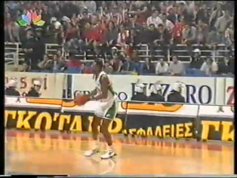 Dominique Wilkins scores 32 points against Olympiacos!!!