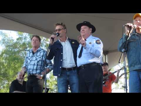 original Dukes of Hazzard cast singing their theme song