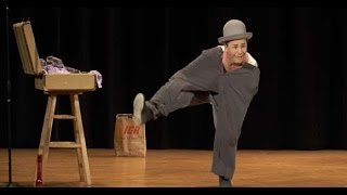 Circus Incognitus Delights and Fascinates Kids at the Landmark on Main Street
