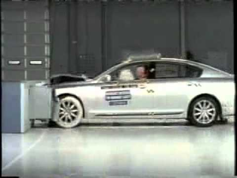 Crash Test  of Lexus GS300  Toyota Aristo 2006 - 2011) Frontal Offset IIHS-Crash test