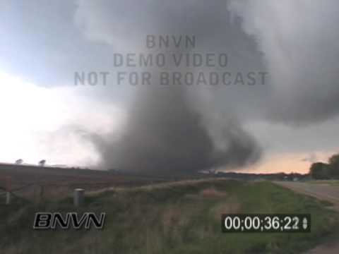 5/11/2000 Dunkerton Iowa Tornado Video