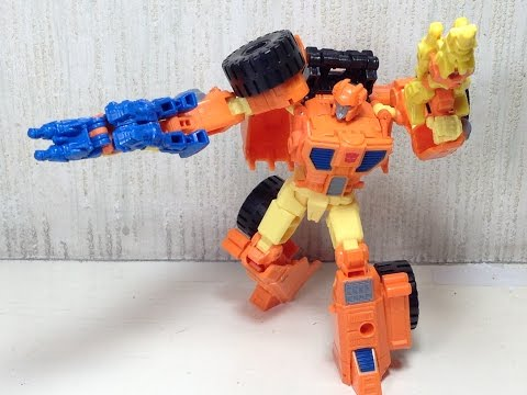 Scoop IDW Transformers Generations Toy Review