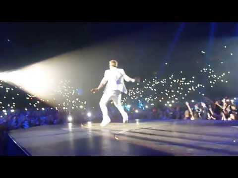 HD - Justin Bieber - Believe Tour Opening and All Around The World in Holland