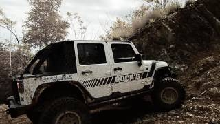 JEEPER MEETING 2016 JEEP WRANGLER JKU: J- CLUB OFF ROAD EXPERIENCE CLIMBING THE HILL