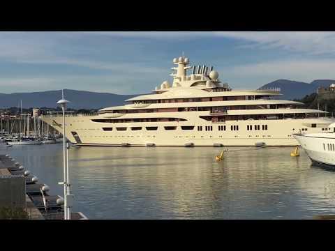 Download Lagu  Dilbar mega yacht docking - FULL MANEUVER - January 2019 Mp3 Free