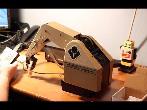 Microbot Teachmover robotic arm – programming and operating
